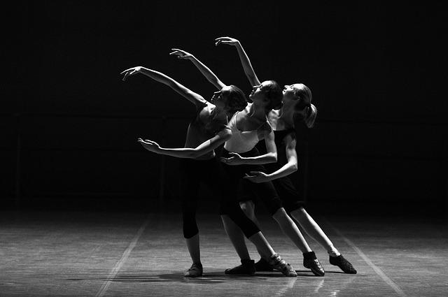 tři baletky.jpg