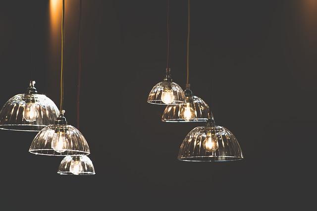 šest světel