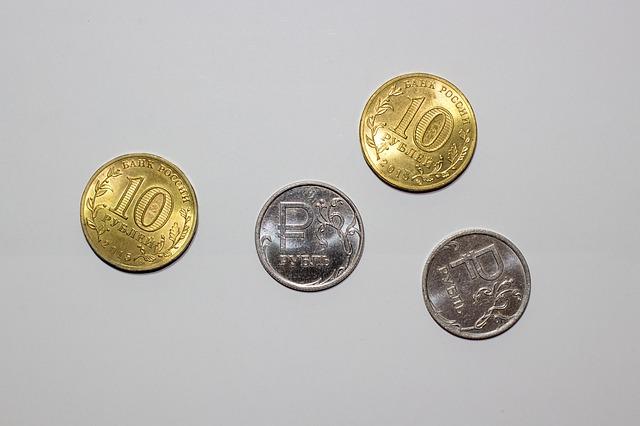2 zlaté a 2 stříbrné rubly