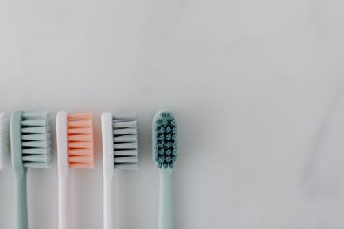 kartáčky na zuby